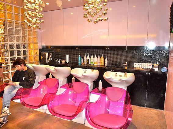 deco salon de coiffure femme. Black Bedroom Furniture Sets. Home Design Ideas